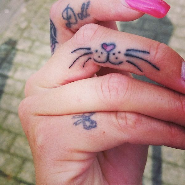 Finger Tattoos 26