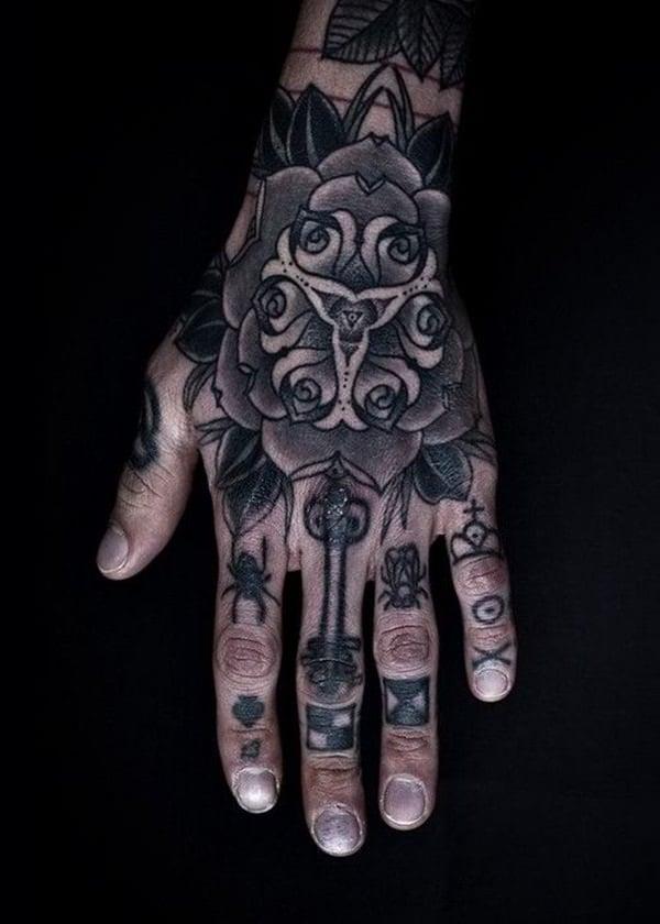 Finger Tattoos 3