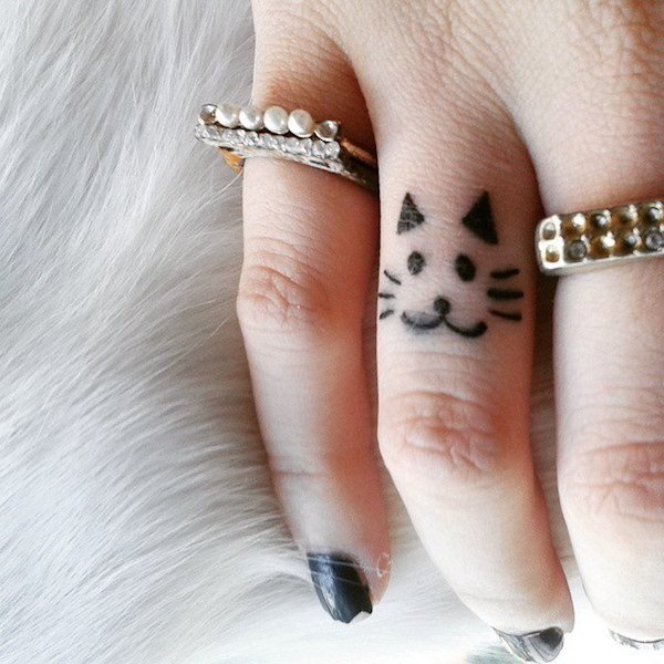 Finger Tattoos 30