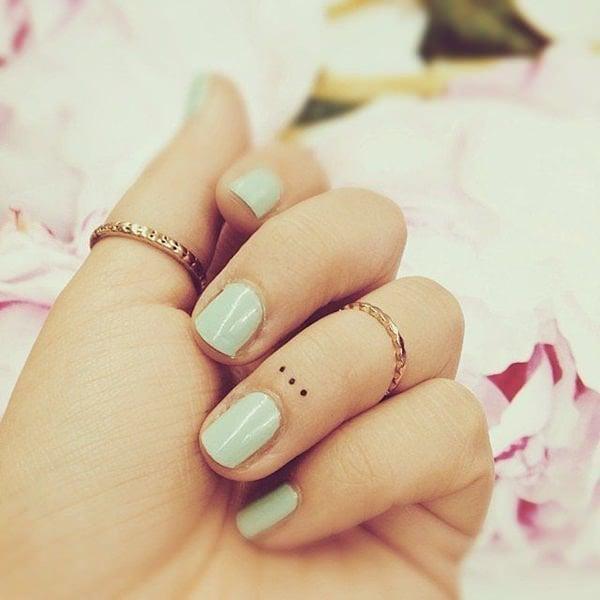 finger tattoos 49