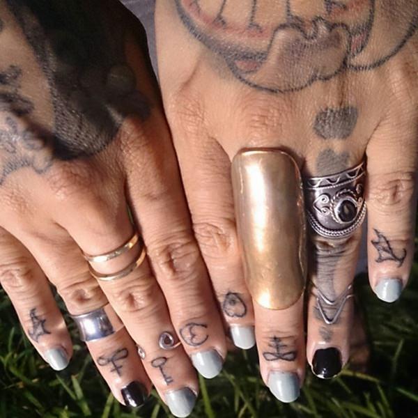finger tattoos 56