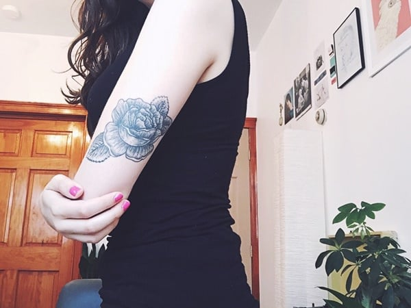 9280816-rose-tattoos