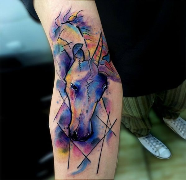 42280116-unicorn-tattoos