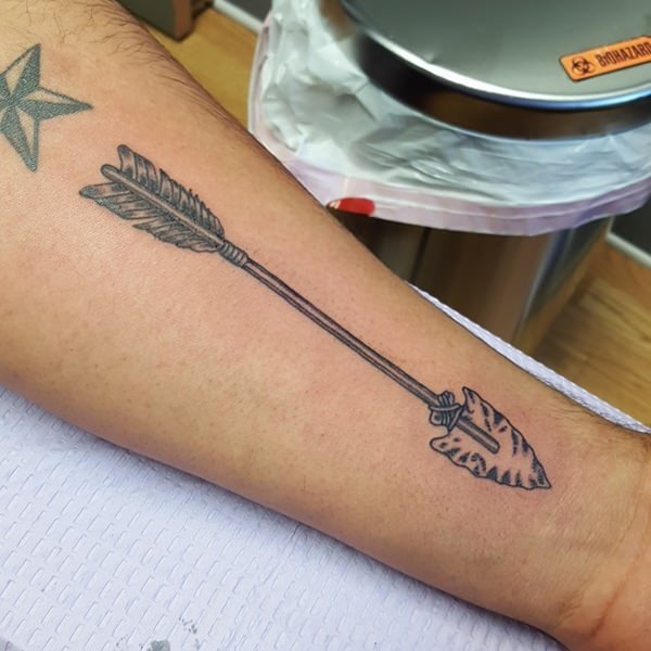 70 Most Unique Arrow TATTOOS (For Men & Women)