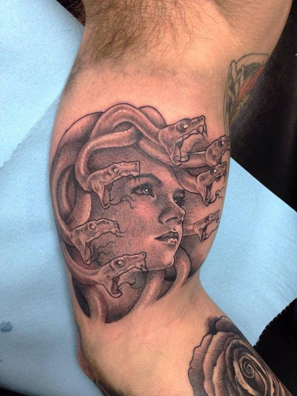 35 Medusa Tattoos That Are Hauntingly Beautiful