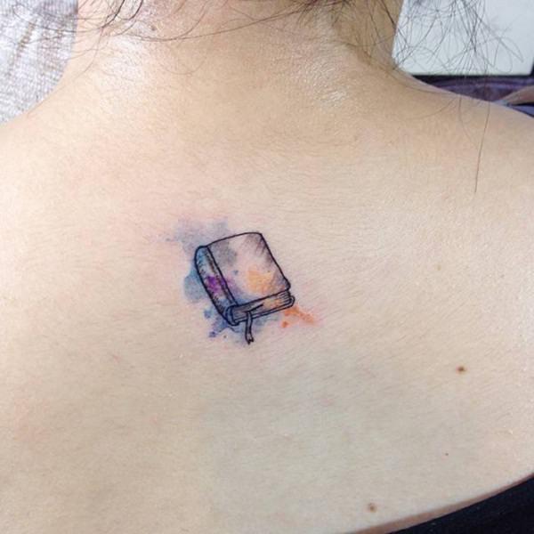 small tattoos girls-31