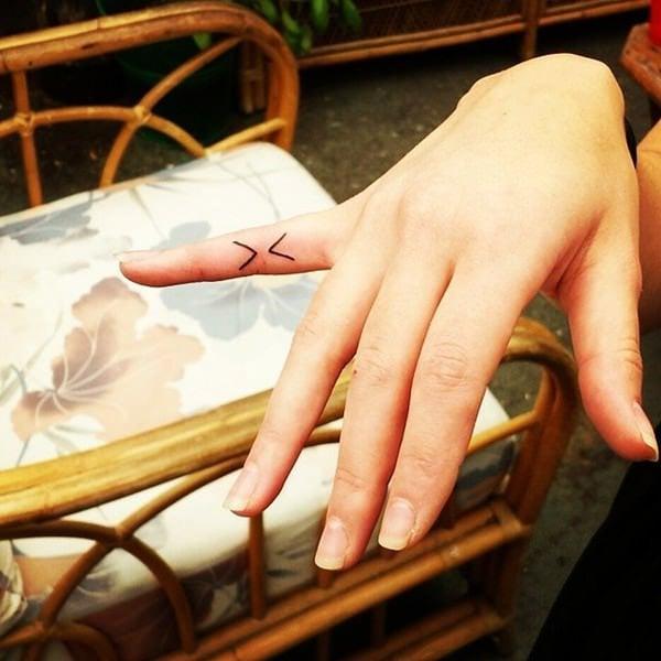 small tattoos girls-4