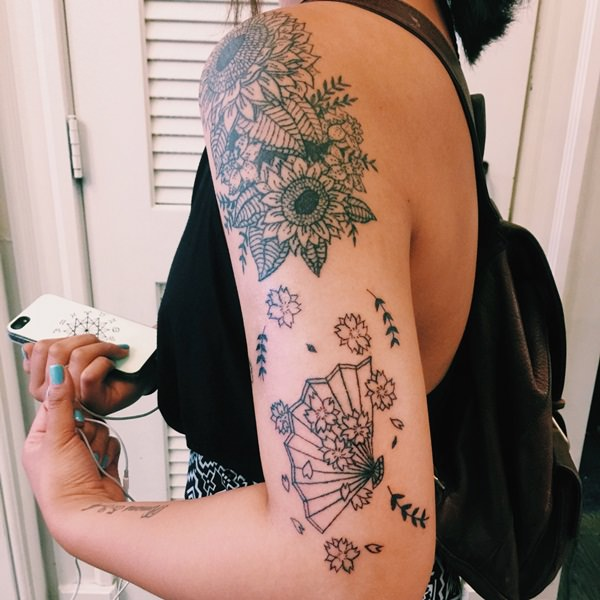 12sunflower-tattoo-designs