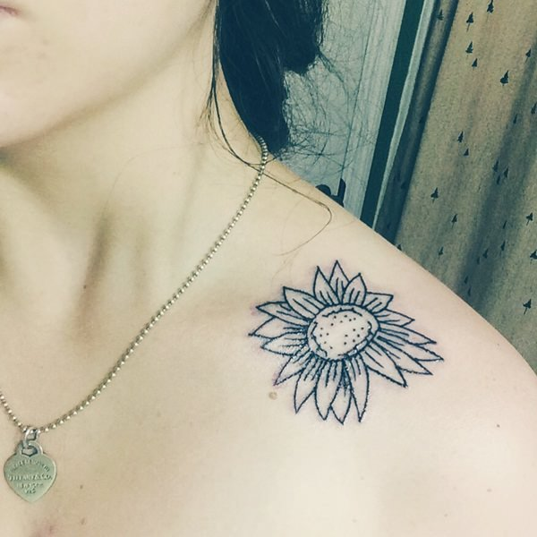 14sunflower-tattoo-designs