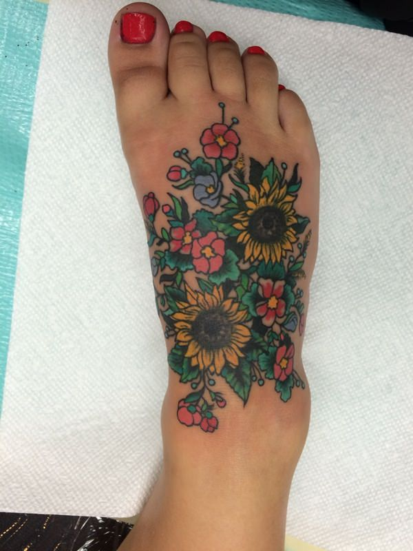 33sunflower-tattoo-designs