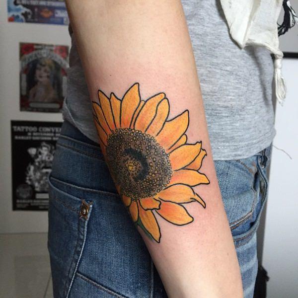 60sunflower-tattoo-designs
