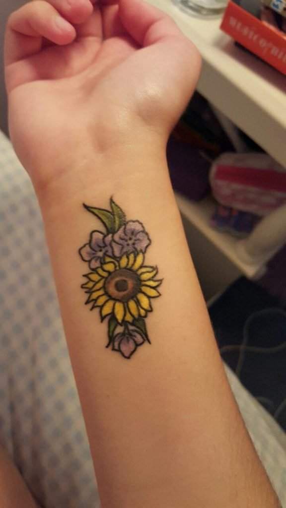 8sunflower-tattoo-designs