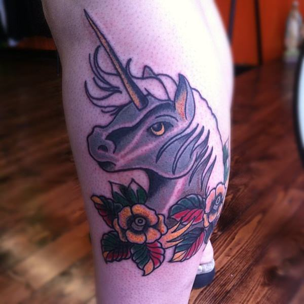74280116-unicorn-tattoos