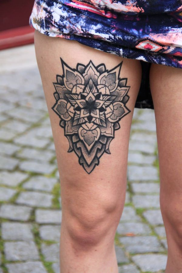 thigh-tattoos101215231416