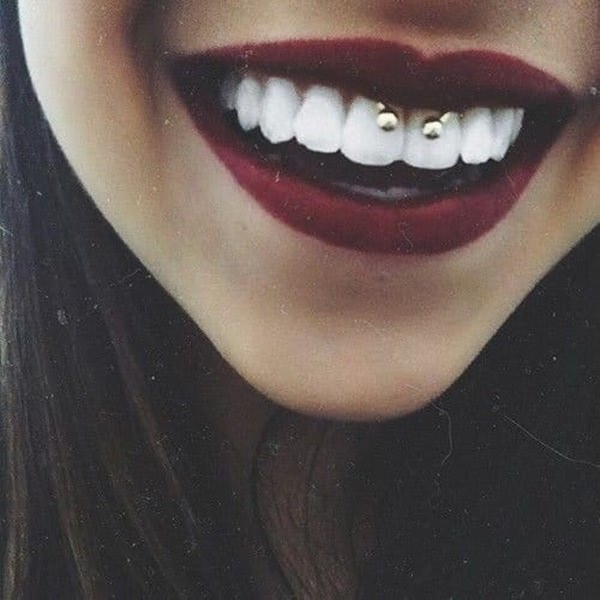 42smiley-piercing-110416