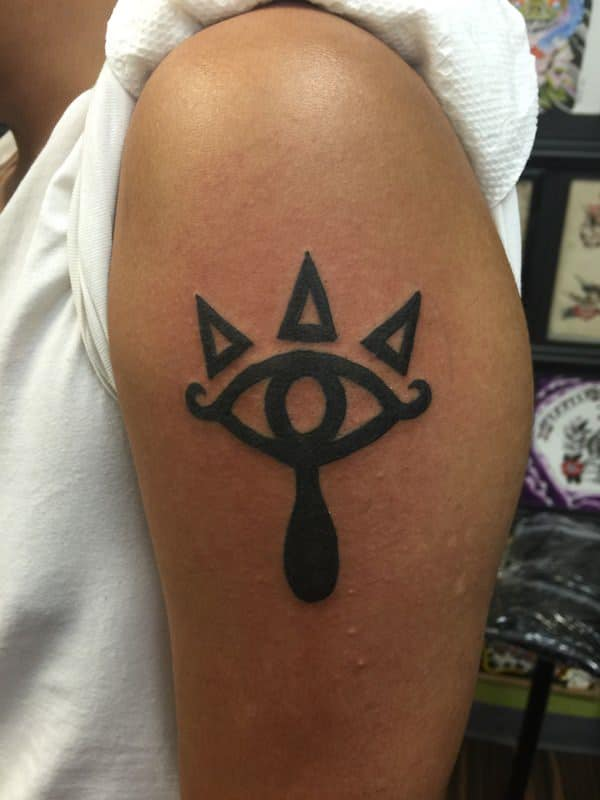 45 Zelda And Triforce Tattoos For Nintendo Devotees