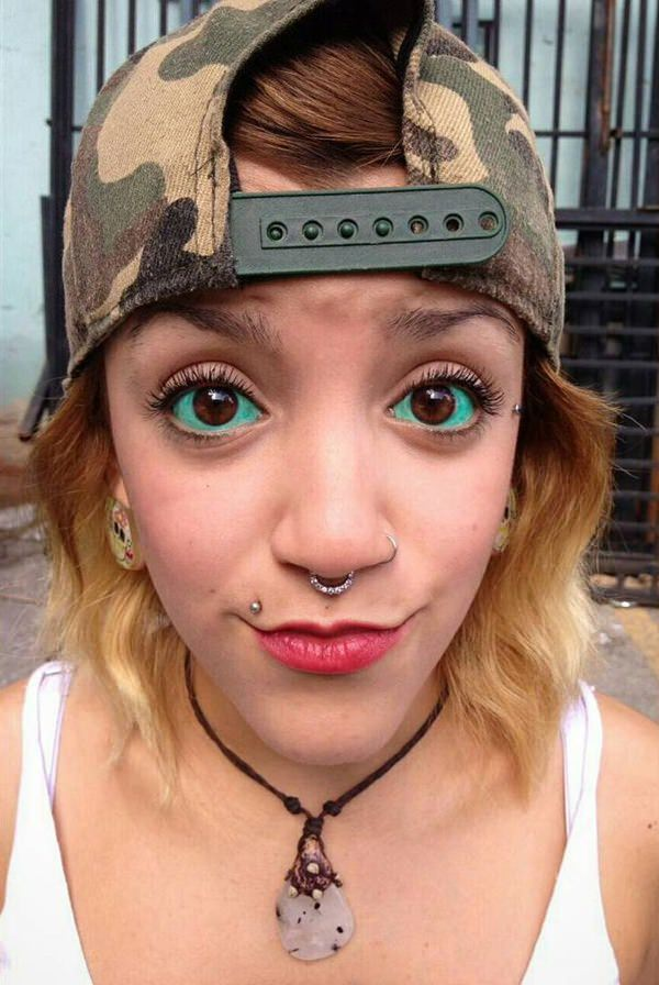 17250716-eyeball-tattoos