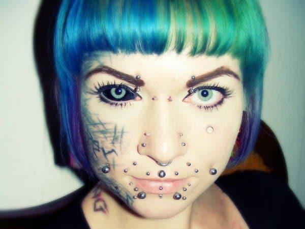 19250716-eyeball-tattoos