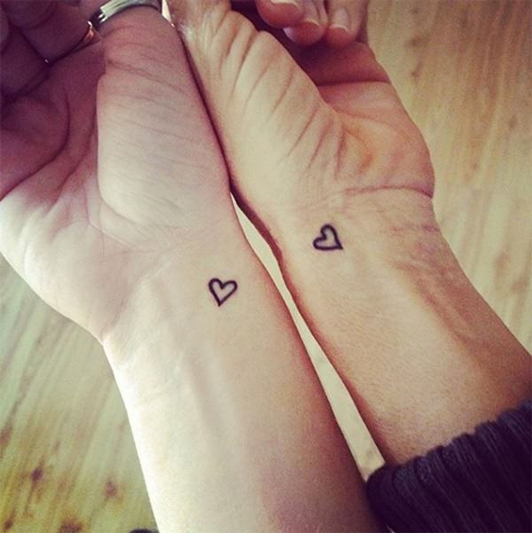 25250716-friendship-tattoos