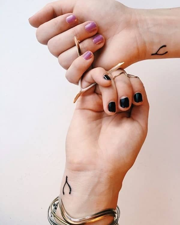 27250716-friendship-tattoos