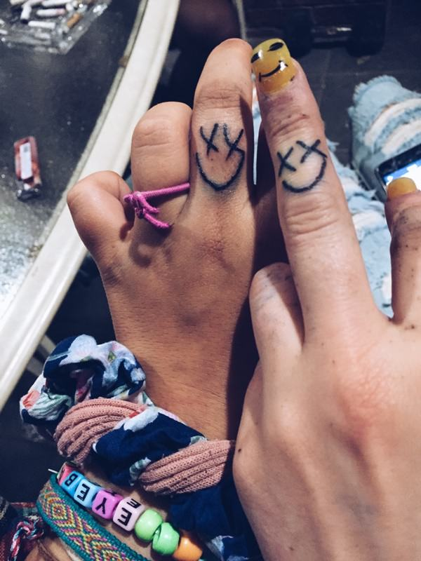 49250716-friendship-tattoos