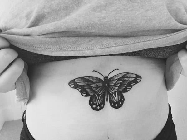 17200916-sternum-tattoos