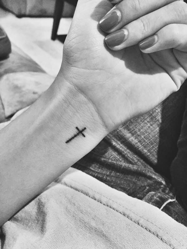 73280816-cross-tattoos