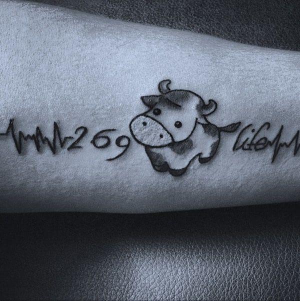 7200916-heartbeat-tattoos