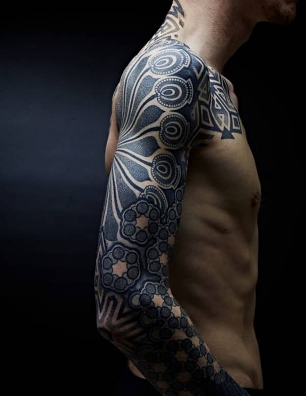 tribal-tattoos-19011733.jpg