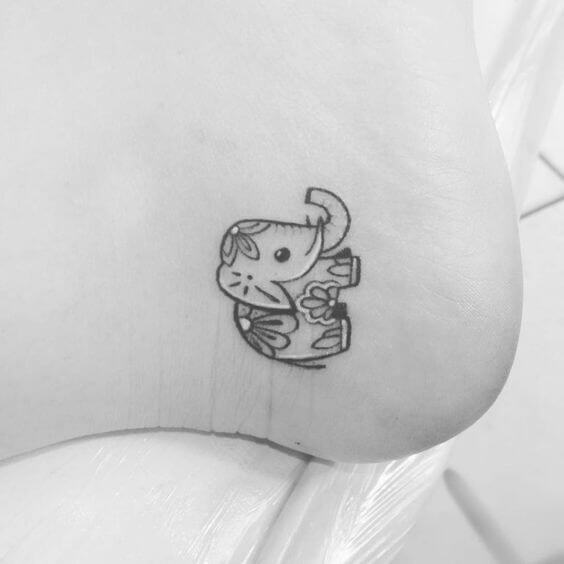 tiny-tattoos-11