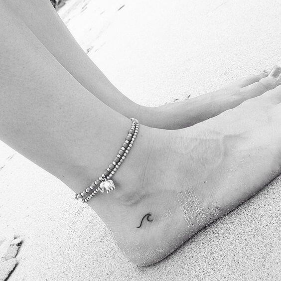 tiny-tattoos-21