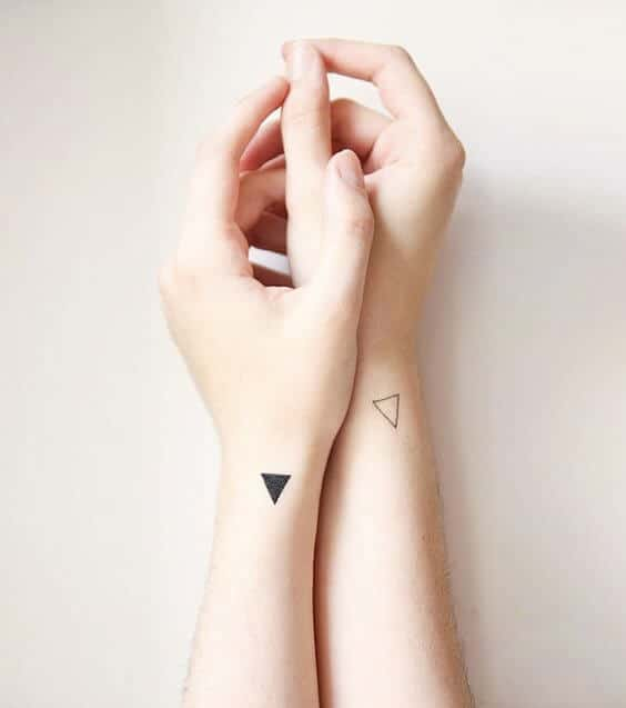 tiny-tattoos-26
