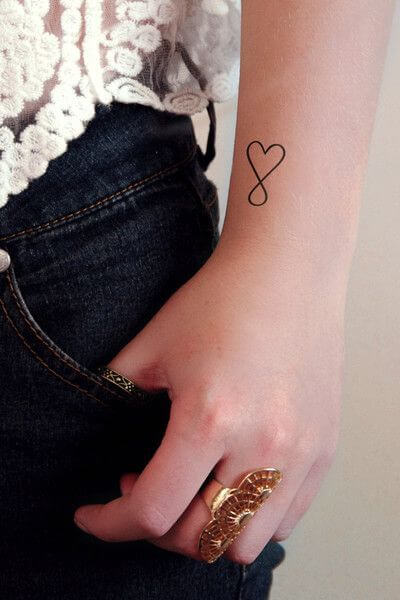 tiny-tattoos-28
