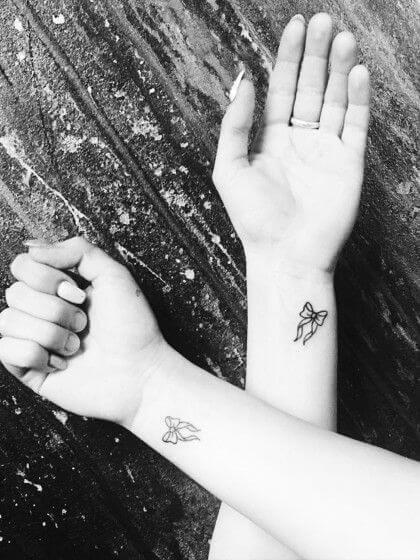 simple-tattoos-24